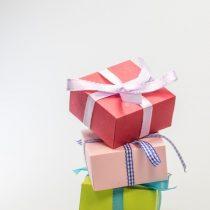 Skicka paket till någon du tycker om